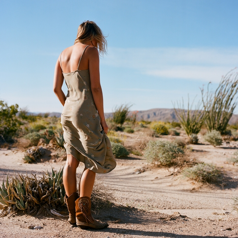 3 Ways to Wear Dresses with Boots